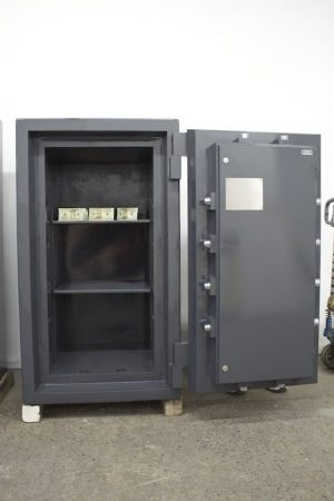 Reconditioned 4521 ism diamond vault trtl30x6 high security safe 3